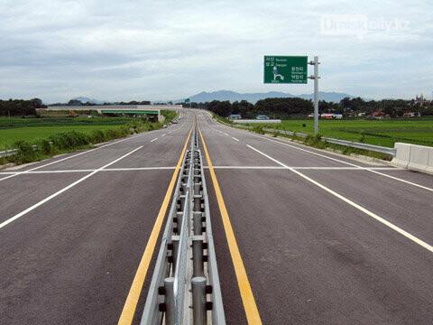 Внедрение новшеств на дорогах Уральска, фото-8